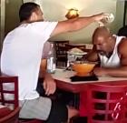 Boxer provokoval Vladimíra Klička v reštaurácii. Takto dopadol (video)
