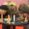 Jedinečný kurz: Mladé ženy sa učia umeniu orálneho sexu! (video)