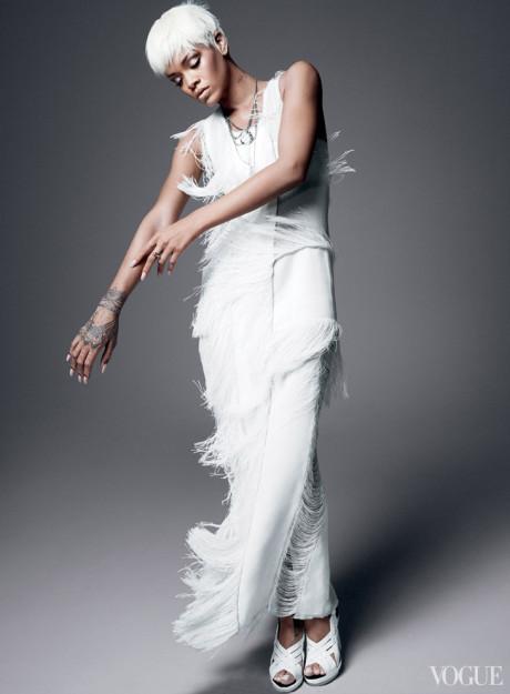 Kráska Rihanna na obálke marcového vydania magazínu Vogue 3
