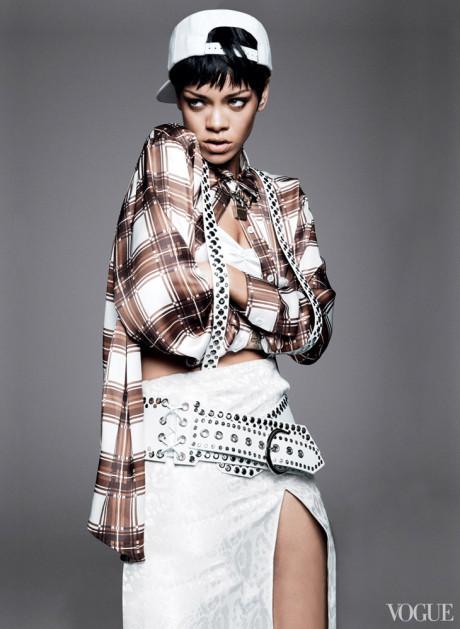 Kráska Rihanna na obálke marcového vydania magazínu Vogue 8