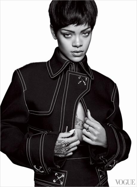 Kráska Rihanna na obálke marcového vydania magazínu Vogue 9