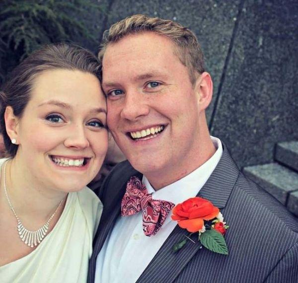 Najoblúbenejšia svadobná fotka sa zmenila na najhrozivejšiu 1
