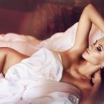 Nemecká modelka Elena Ginsburg a jej fotokolekcia Hotel Sins