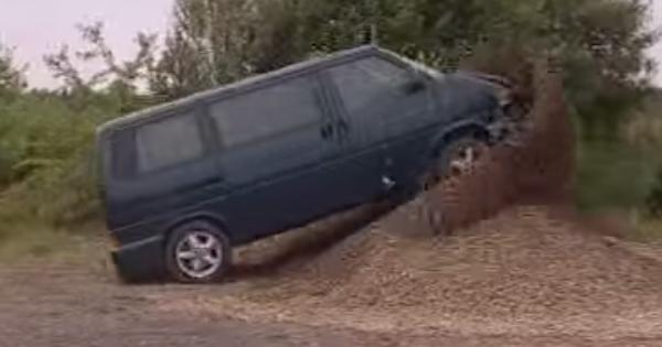 Neuveriteľné! Takto Volkswagen robí záťažové testy, VIDEO v článku