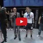 Rekordný knockout v MMA. Súpera zložil za 1,13 sekundy! (video)