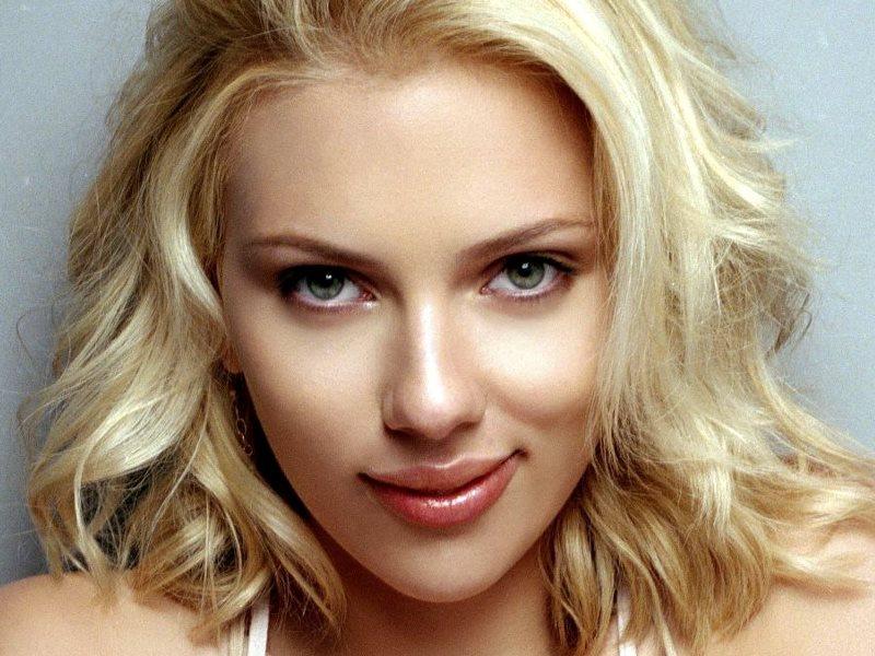 Najsexi ženou sa znovu stala Scarlett Johansson (foto)