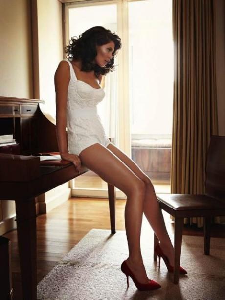 Talianská topmodelka Bianca Balti pre Esquire Mexico 5
