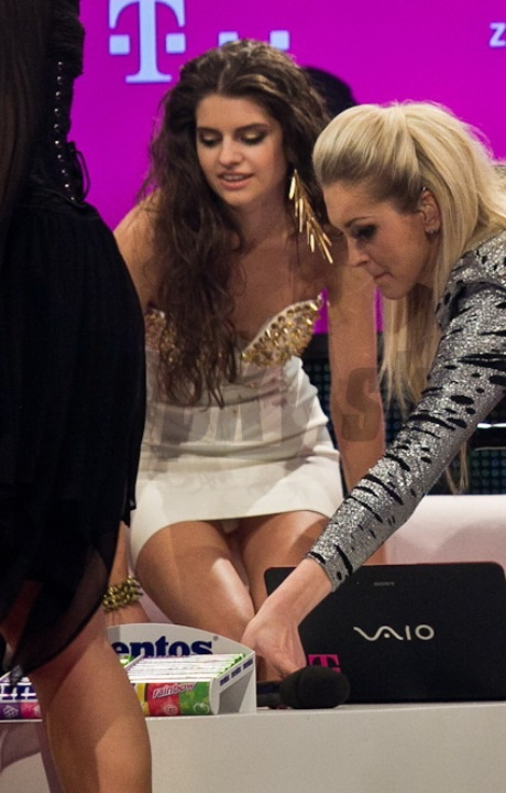 SuperStar: Finalistka, Tereza Mandzáková, ukázala biele nohavičky