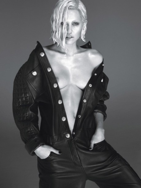 Zvodná Miley Cyrus pred objektívom amerického W Magazine 2