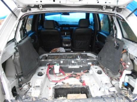 auto v jame 1