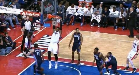 Video: Najlepších 10 akcií z piatkových zápasov NBA
