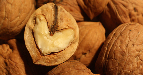 15 zdravých potravín, ktoré zastavia chuť na sladké